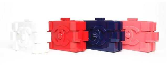 Chanel Lego_karl_lagerfeld_bolso clutch_colores_plastico_piezas_versiones_catwalk_pasarela