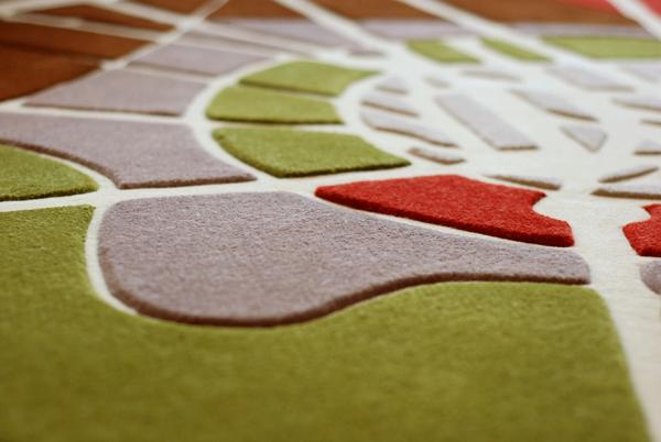 Florian Pucher _segundo premio concurso vitra rediseño silla vegetal ronan erwan bourollec alfombra roots_diseñador detalle